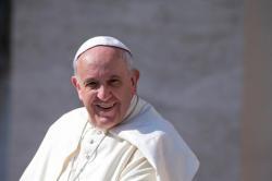 Le pape francois installe ses nouvelles commissions article main
